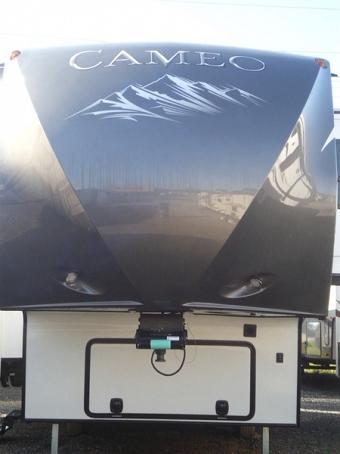 2015 CrossRoads RV Cameo CM34RL