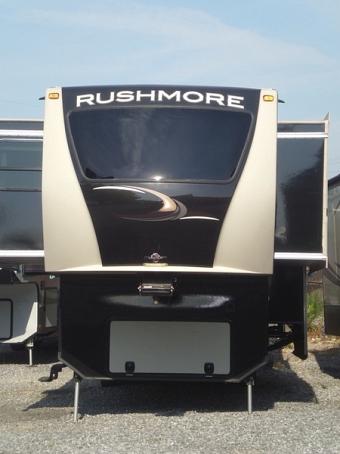 2015 CrossRoads RV Rushmore LINCOLN