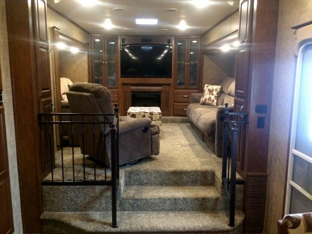 2014 KZ RV STONERIDGE 38 FL