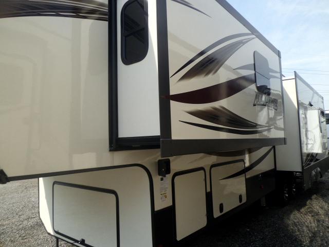 2017 Keystone RV Alpine 3601RS