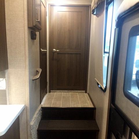 2019 KEYSTONE RV AVALANCHE 321 RS